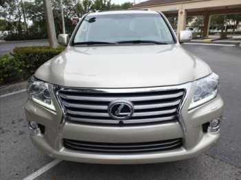 Urgently for sale 2013 Model Lexus LX570 Gulf Spec