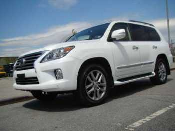 URGENTLY FOR SALE 2014 Lexus LX 570